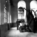 Operaio nella sala Argani